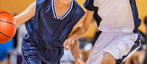 バスケのユニフォームに求められる4つの機能とは?